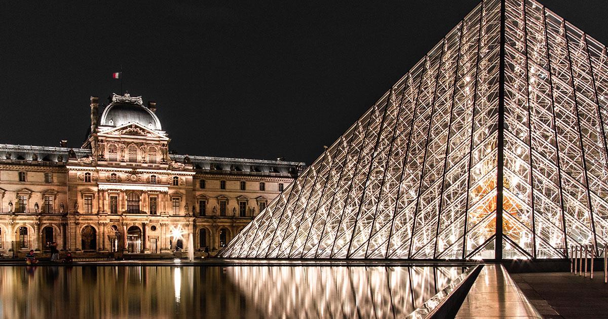 Maior museu do mundo, Louvre disponibiliza 75% do seu acervo em plataforma online