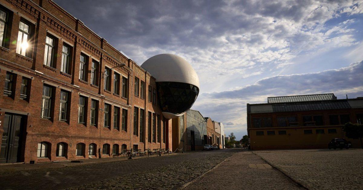 2-Eyrise-Niemeyer-Sphere-Leipzig-with-eyrise-3